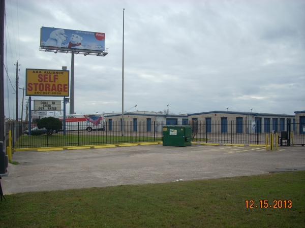 AAA Alliance Self Storage - Houston - Photo 1