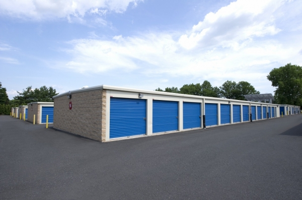 Planet Self Storage - Newington - Photo 3