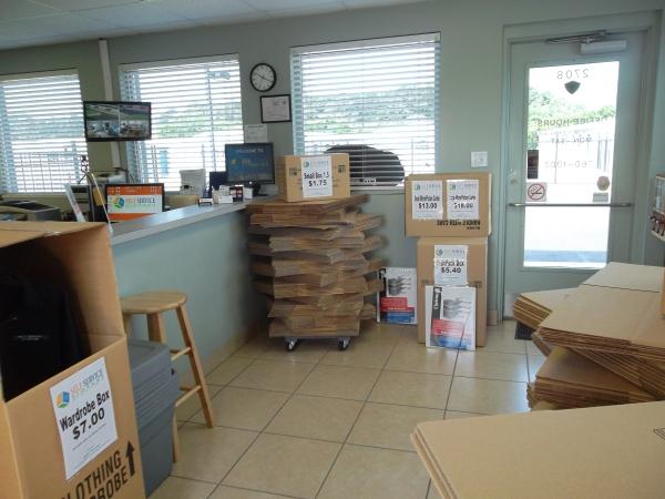 Mall Drive Self Service Storage - Photo 5
