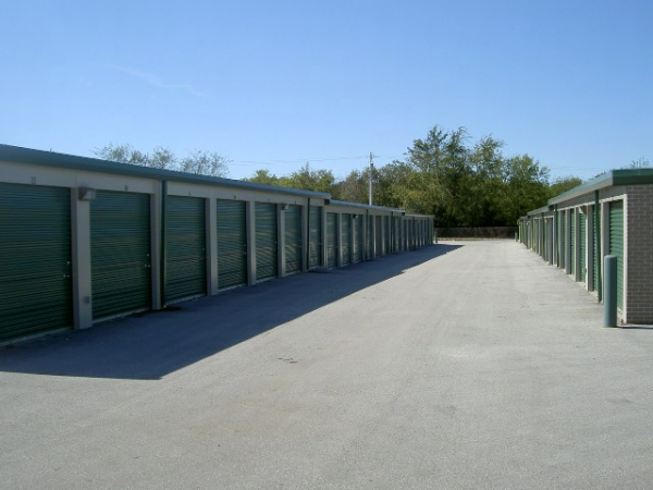 Cox Blvd. Self Service Storage - Photo 3