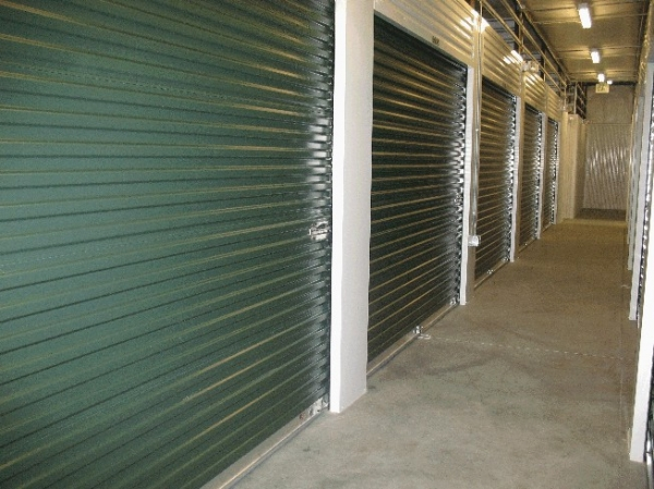 Parkglenn Self Storage - Photo 2