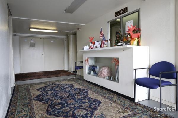 Beverly Hills Self Storage - Photo 3