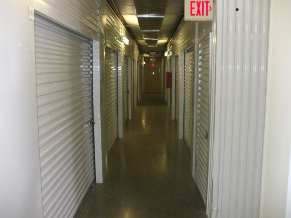 Alamo Self Storage - Buckner - Photo 3