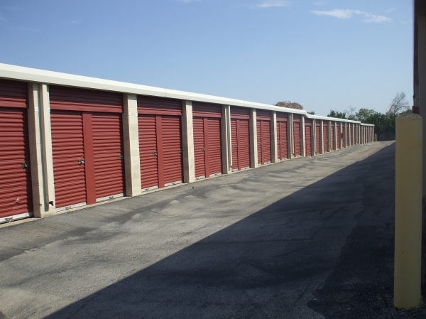 Alamo-Redbird Self Storage - Photo 4
