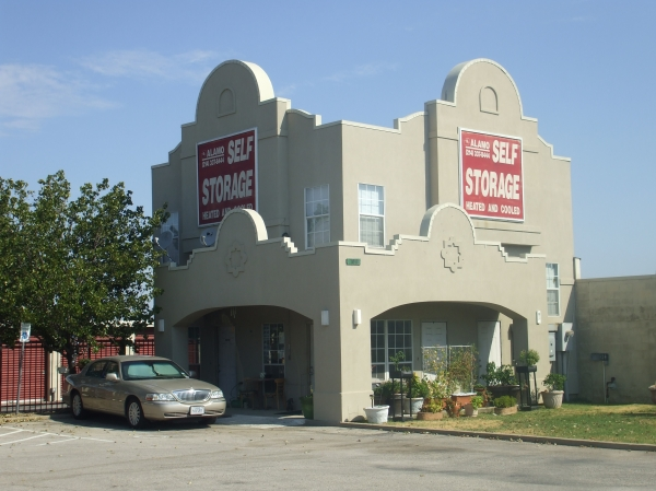 Alamo-Redbird Self Storage - Photo 5