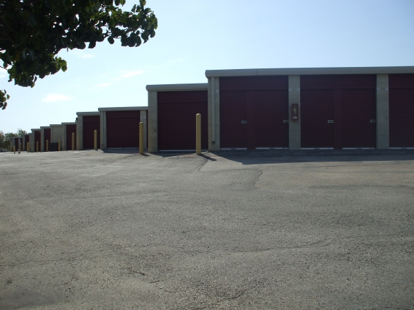 Alamo-Redbird Self Storage - Photo 6
