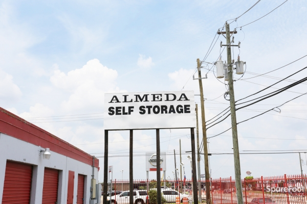 Almeda Self Storage - Photo 2