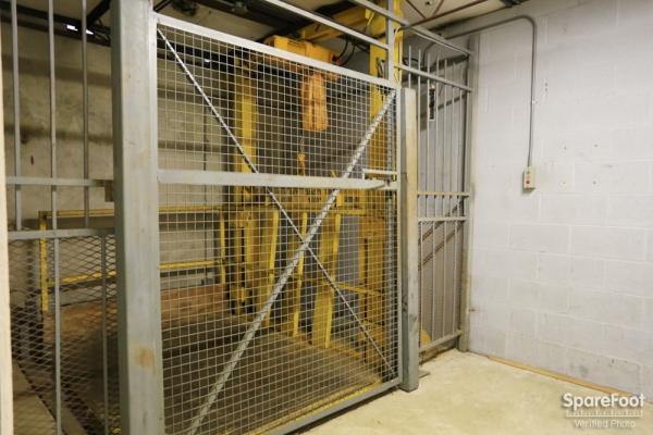 Almeda Self Storage - Photo 13