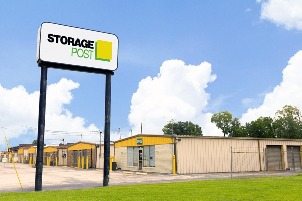 Storage Post Baton Rouge - Tom Dr - Photo 1