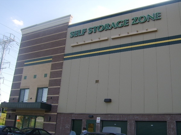 Self Storage Zone - Travis Ave - Photo 4