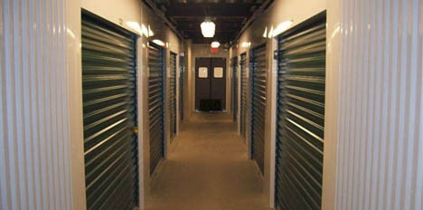 Self Storage Zone - Travis Ave - Photo 8