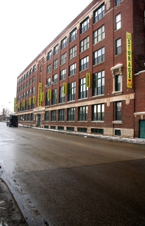 East Bank Storage - 35th & Racine - Photo 1