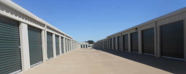 Aaron's Self Storage - Hewitt Drive - Photo 3