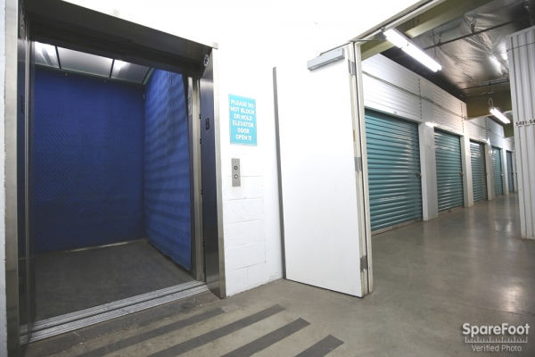 Saf Keep Self Storage - Gardena - Photo 7