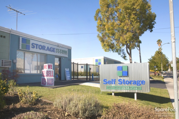 Storage Etc. - Canoga Park - Photo 7
