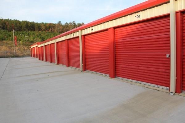 1 Stop Storage - Photo 4