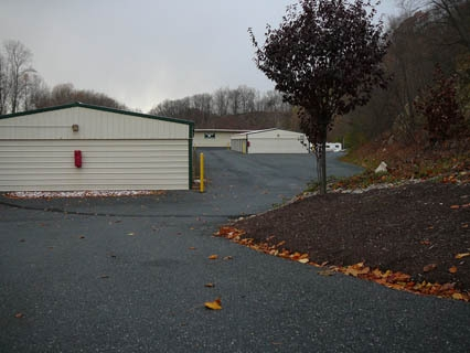 Storage World Grings Hill Road - Photo 3