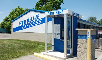 Storage Express - Jeffersonville - 6th & Michigan - Photo 2