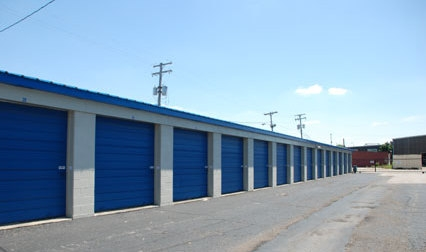 Storage Express - Jeffersonville - 6th & Michigan - Photo 6