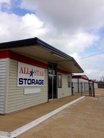 All Star Storage | Alexandria Self Storage - Photo 8