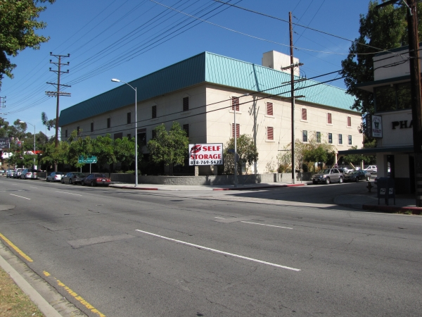 Keep It Self Storage - Universal - 4444 Vineland Ave, Toluca Lake CA 91602 - Road Frontage