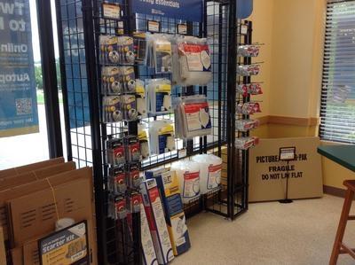 Uncle Bob's Self Storage - Cary - Dillard Dr - Photo 4