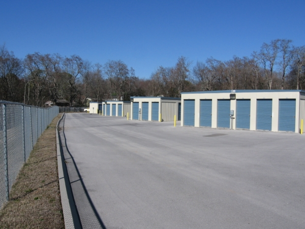 Knoxville Star Storage North - Photo 2
