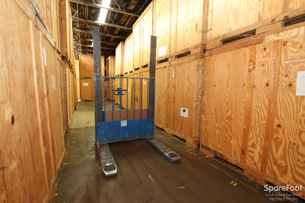 Eagle Storage Company - Photo 5