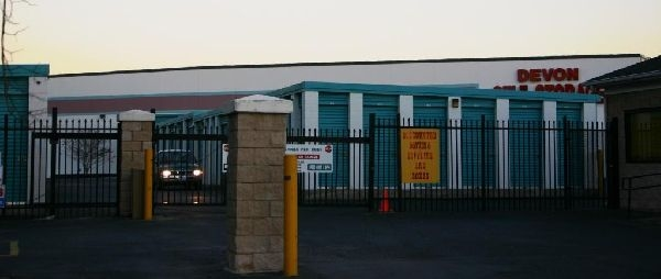 Devon Self Storage - Charlotte - Photo 2