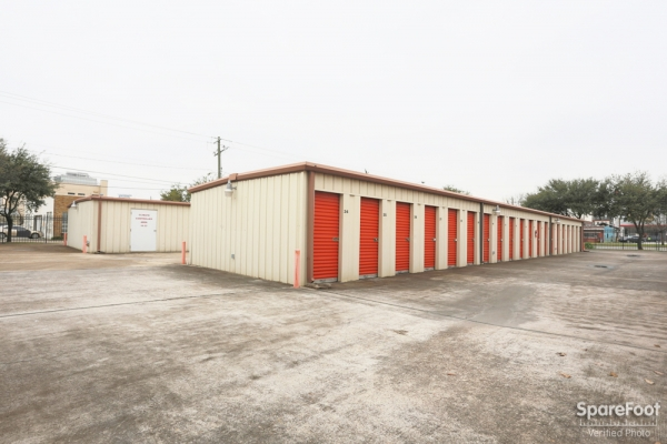 Proguard Self Storage - Heights - Photo 7