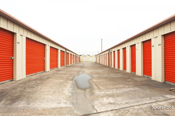 Proguard Self Storage - Heights - Photo 9
