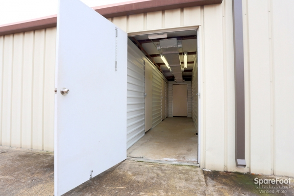 Proguard Self Storage - Heights - Photo 11