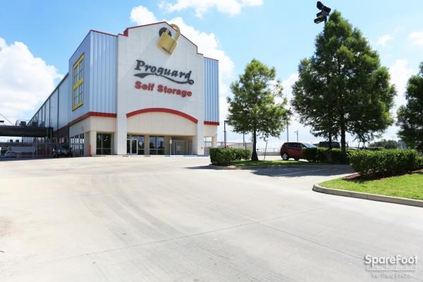 Proguard Self Storage - Braeswood - Photo 19