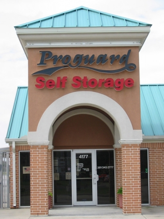 Proguard Self Storage - Hwy 6 - Photo 2