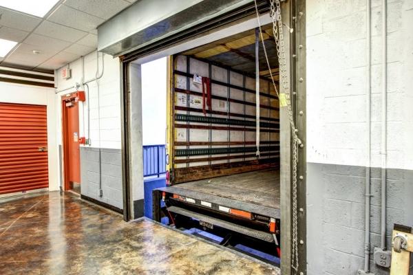 StorageMart - SW 7th St & 2nd Ave - Photo 2