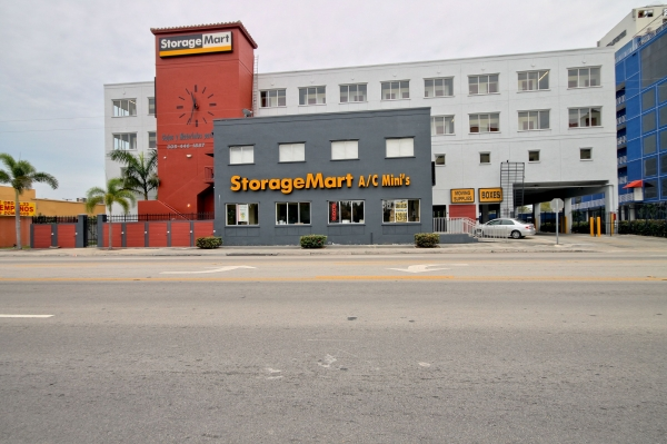 StorageMart - NW 7th St & Red Rd (57th St) - Photo 1