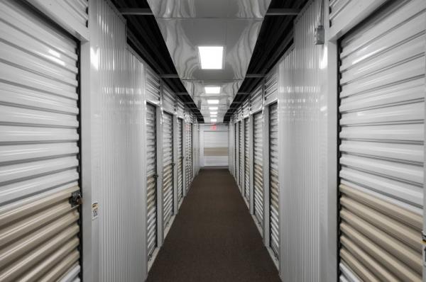 StorageMart - Bandera & 1604 - Photo 4