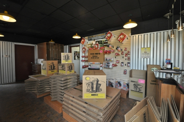 StorageMart - Cottage Grove & 67th - Photo 2