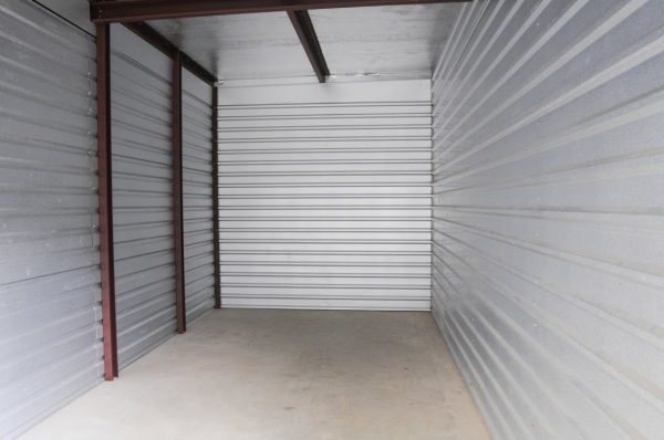 StorageMart - Cottage Grove & 67th - Photo 4