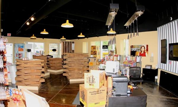 StorageMart - Southwest Blvd & Rainbow - Photo 3