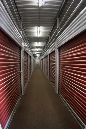 StorageMart - Southwest Blvd & Rainbow - Photo 4