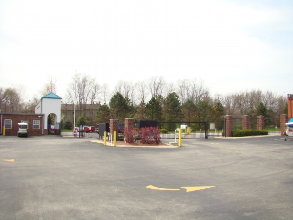 Geist Self Storage - Photo 8