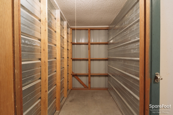 Summit Mini Storage - Photo 13
