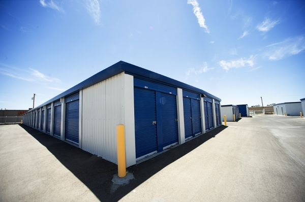 McClintock Self Storage - Photo 4