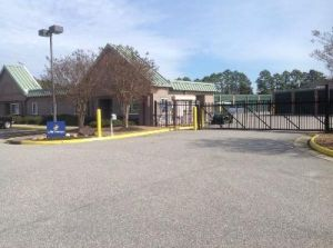 Life Storage - Newport News - Brick Kiln Boulevard