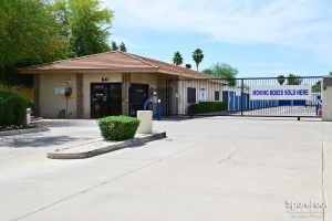 Central Self Storage - Warner