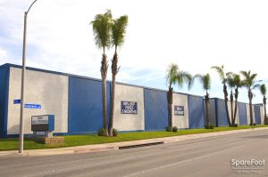 Ayres Self Storage - Huntington Beach