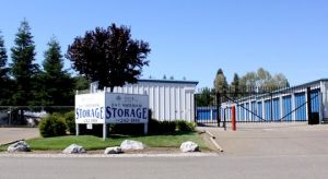 B&T Whitehouse Storage
