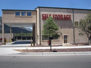 Country Club Self Storage