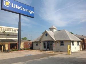 Life Storage - Houston - 10114 Katy Freeway